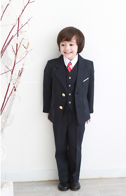 Notch_Lapel_Two_Buttons_Boy_Suits_with_Pink_Shirt_Vest__4__11263643082693892