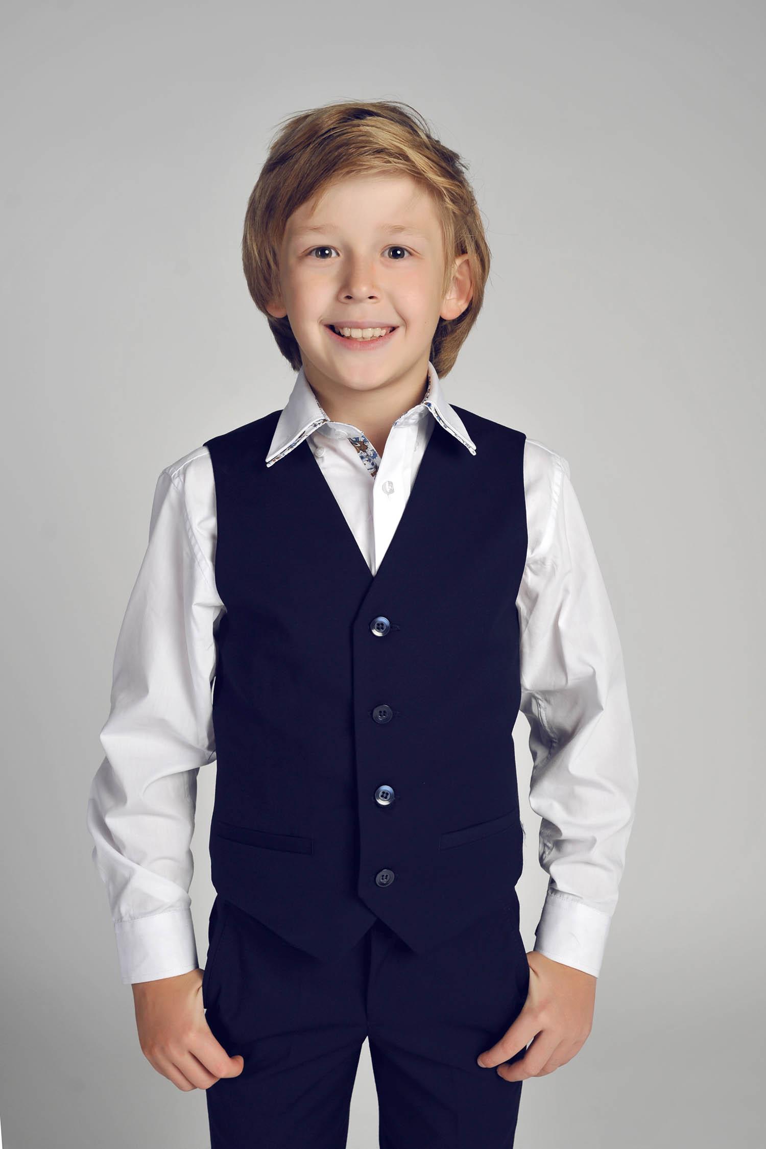школьный жилет для мальчика синий